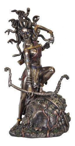 Escultura De Medusa Acabado En Bronce De 27cm