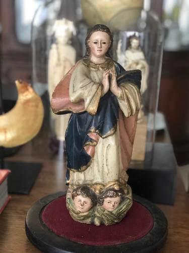 Virgen antigua s.xix. con capelo y base de madera.