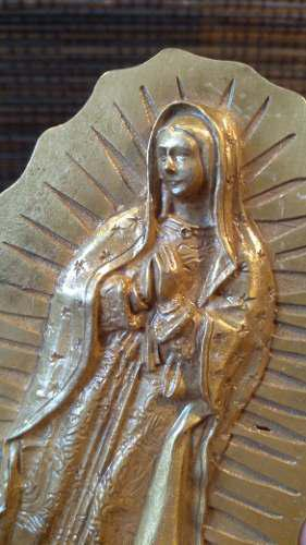 Virgen maría en bronce preciosa antigua