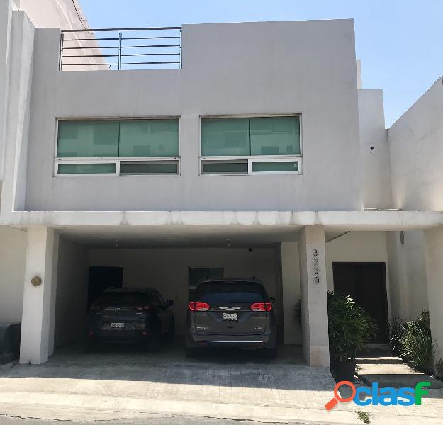 Casa en Venta, Colinas Del Valle, Monterrey, Nuevo León