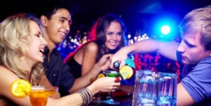 Contacta parejas y solteros adultos en nuestro grupo