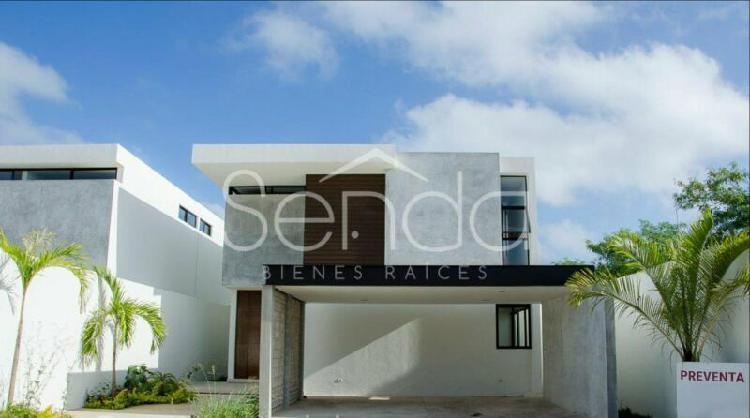 Preciosa casa en venta al norte de mérida en privada con