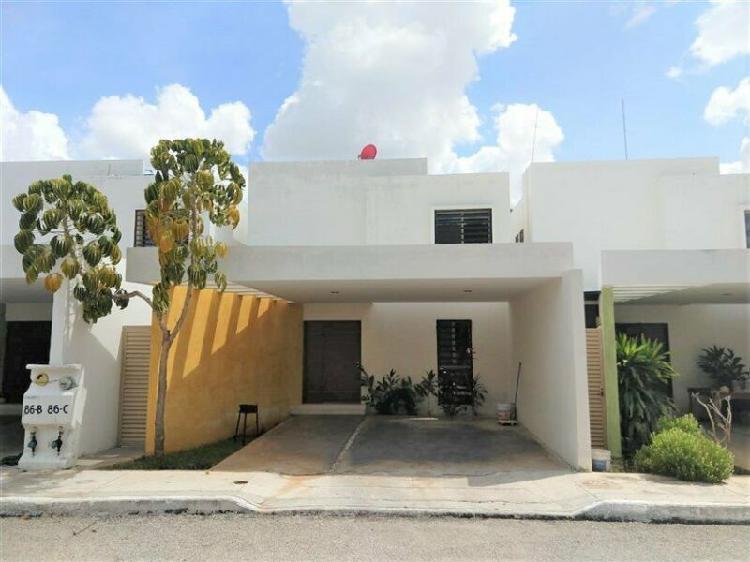 Casa de 3 recamaras en privada chuburna