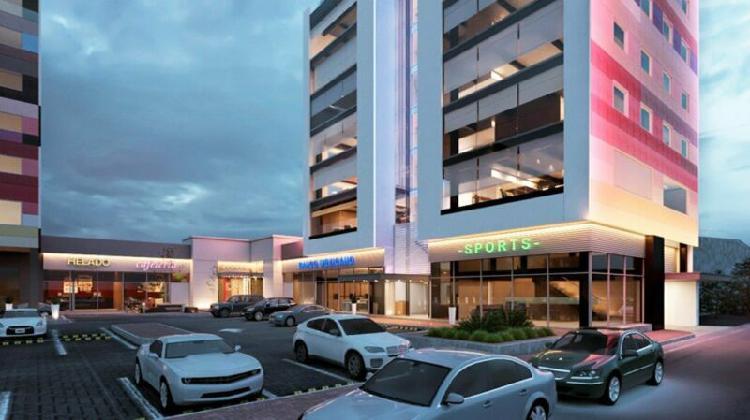 Renta locales comerciales plaza cn1303