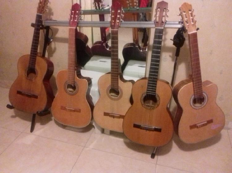 Curso de guitarra y canto