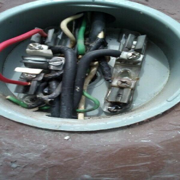 Electricista servicios urgentes