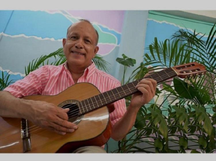 Clases de guitarra clásica y acústica