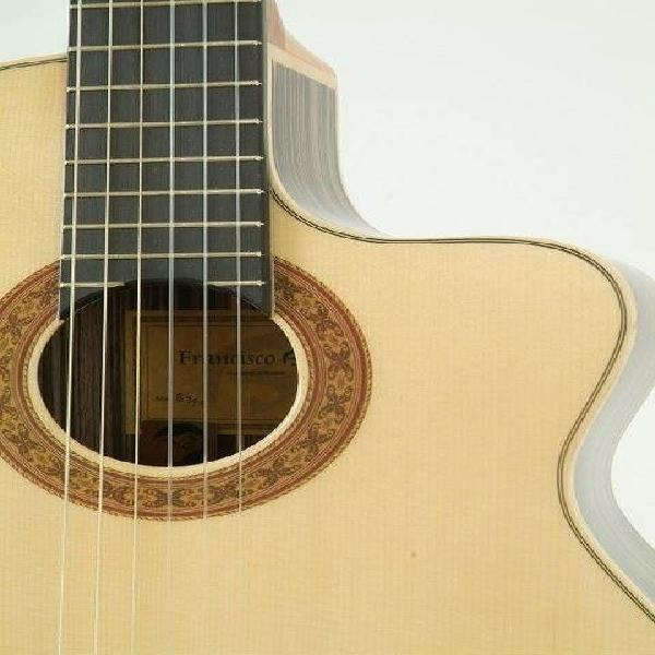 Enseñanza rápida de guitarra popular y cualquier