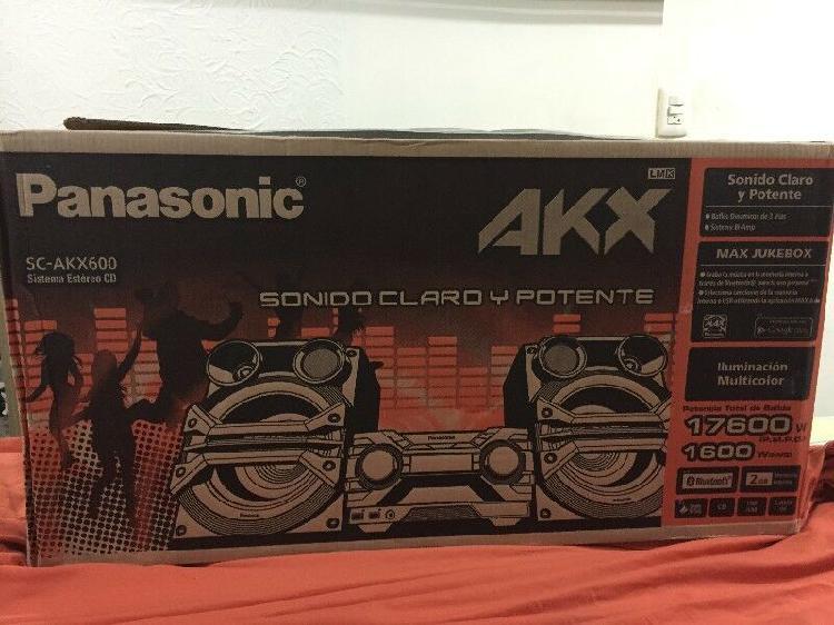 Estereo panasonic modelo sc-akx600 con bluetooth