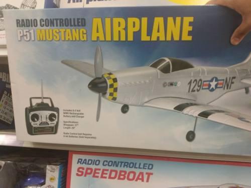 Mustang p51 aeroplano control remoto recargable 69cm x 74cm
