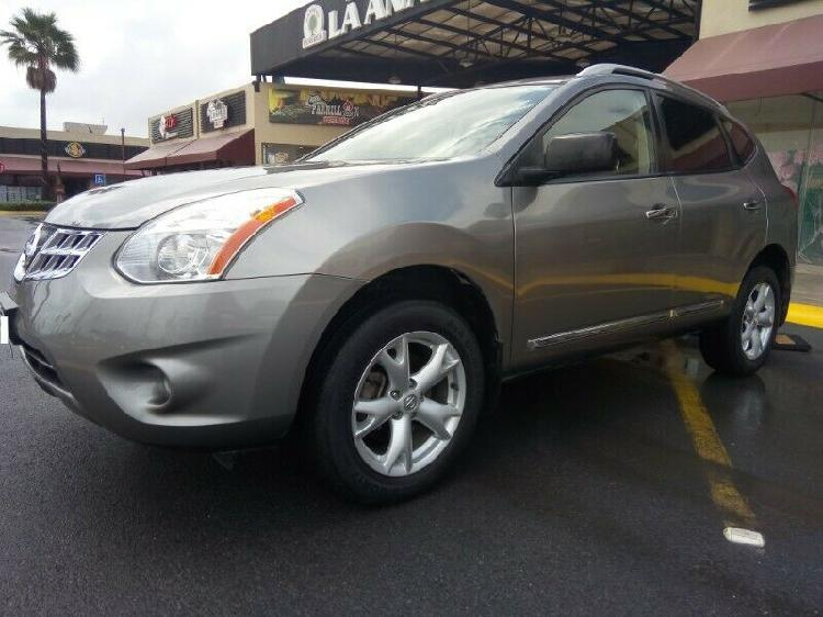 Hermosa e impecable nissan rogue advance 4 cilindros 2014