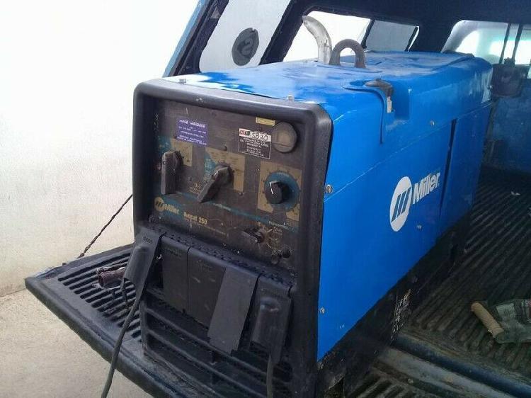 Renta de maquina de soldar lincoln electric ranger 250 gxt