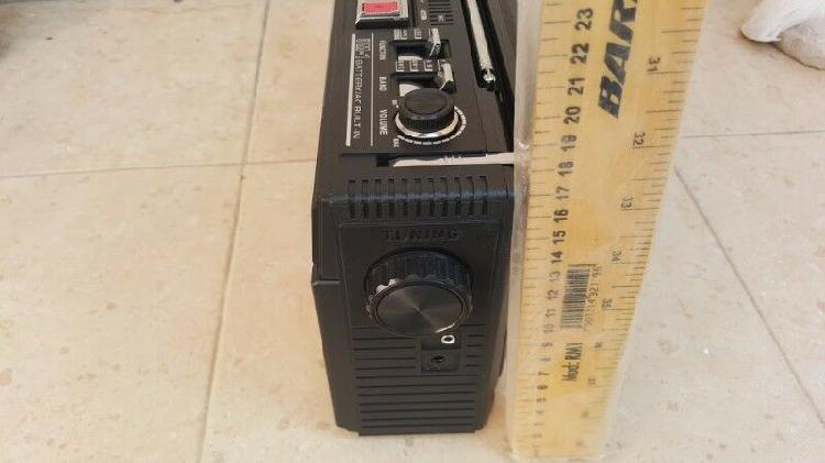 Radiograbadora am/fm cassete radio a mp3 qfx j-22u banda
