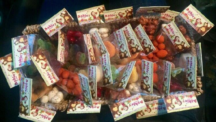 Bolsitas de dulces personalizadas para mesa de dulces