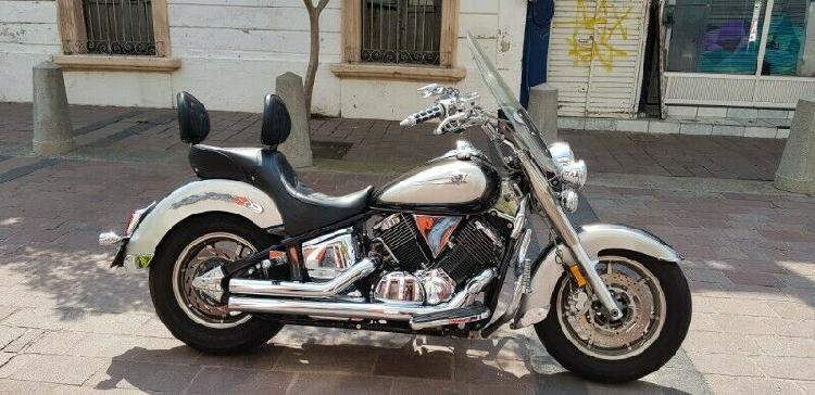 Yamaha v star clasic 1100 cc año 2004