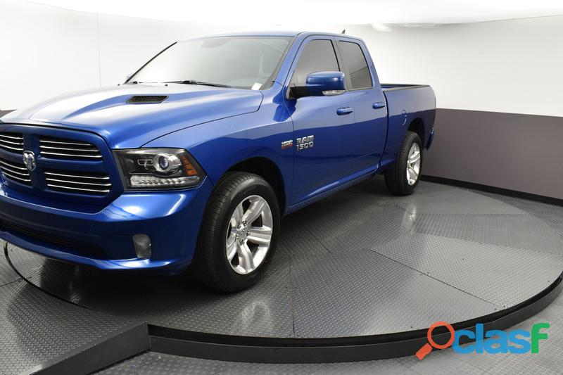 Dodge ram 1500 2016 azul
