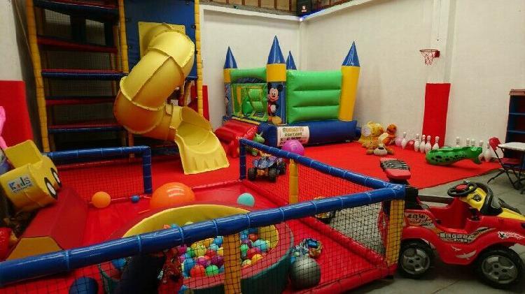 Salon de evetos infantil economico