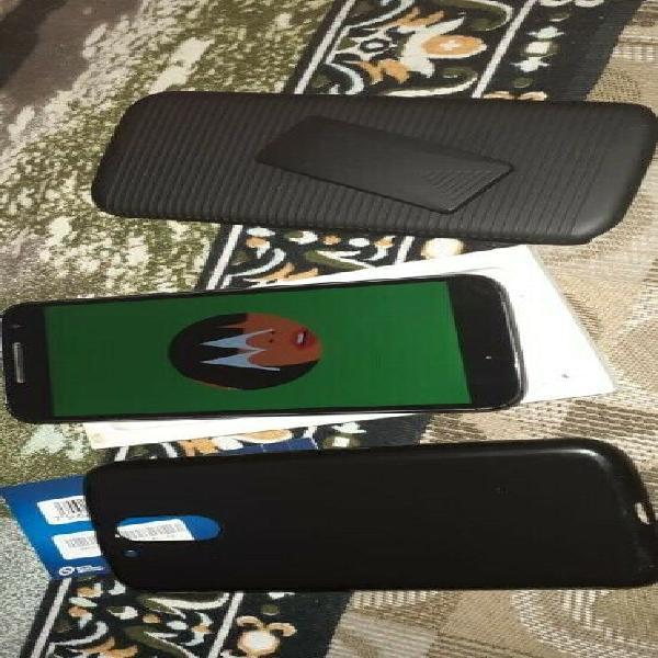 Se vende celular motorola 2gb ram,,16gb, 6 pulgadas