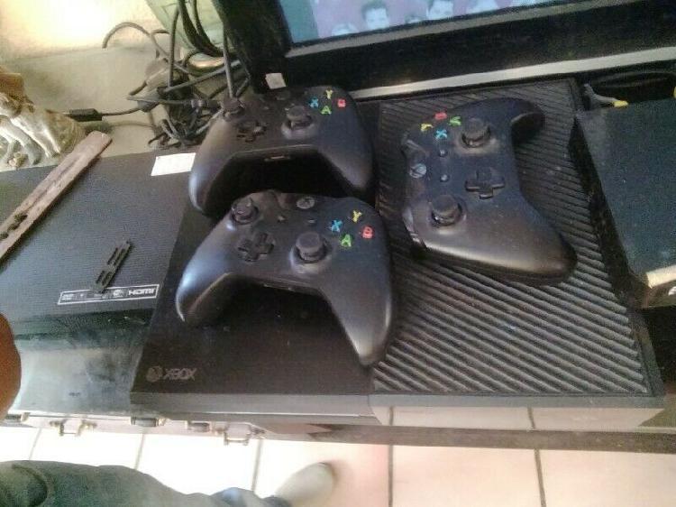 Xbox one con 3 controles!!!