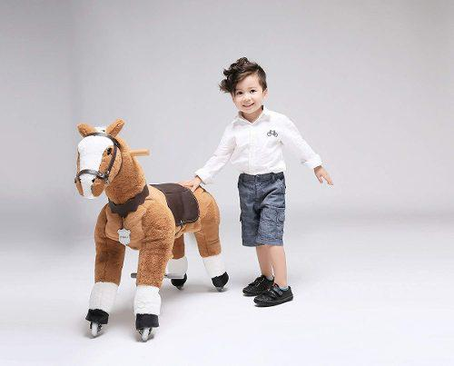 Caballito montable ruedas edad 3-9 pony café/blanco