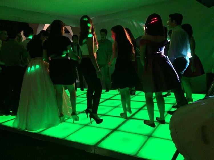 Dj + iluminación + cabina led + pista y salas lounge