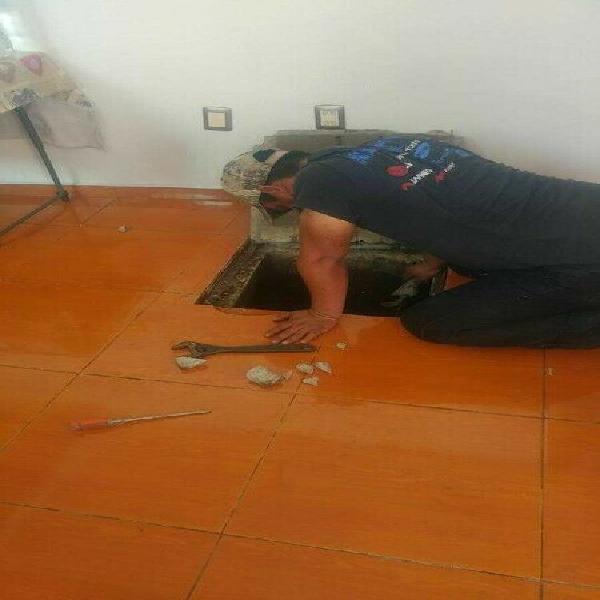 Fontanero plomero reparación 24hrs. limpieza de tinacos y