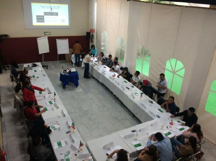 Salón para cursos, conferencias y capacitaciones