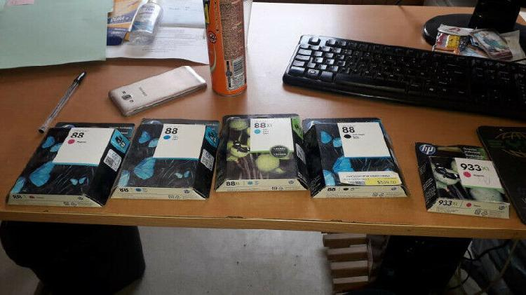 Cartuchos impresora hp #88 y 933