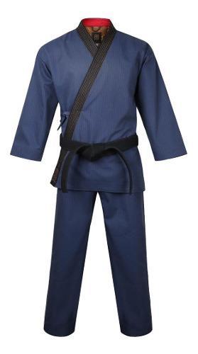 Mooto taekwondo grand master geum gang azul marino