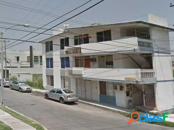 Rento departamento 7ma y 26 ava (2) excelente ubicacion