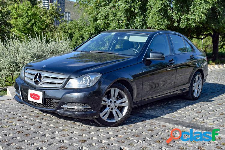 Mercedes Benz C200 CGI Exclusive Plus 2014