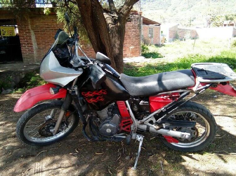 Moto kawasaki 650cc