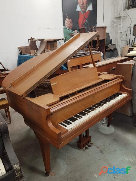 Piano 1/4 de cola marca wegman 5 pies de largo.