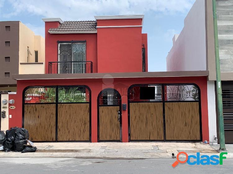 Casa sola en renta en Puerta de Hierro, Monterrey, Nuevo León
