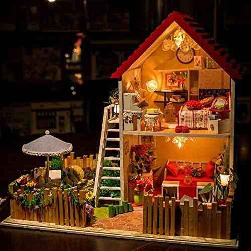 Casa ideal de la miniatura de madera de hoomeda diy con la c
