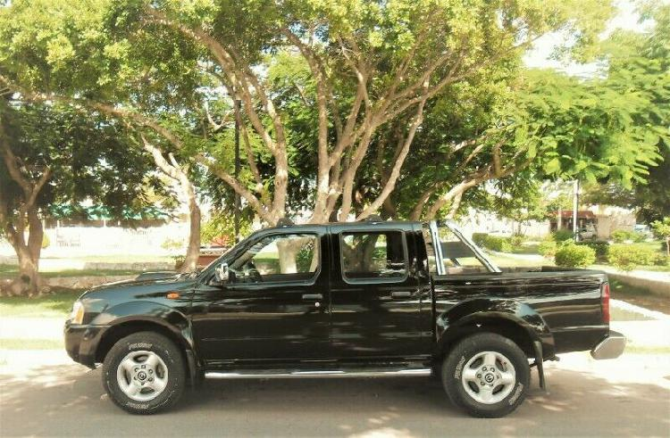 Frontier lt 2013 doble cabina