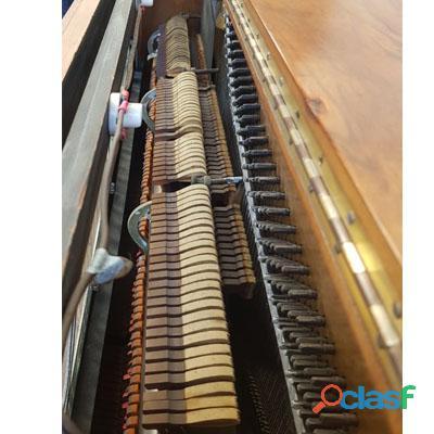 Piano M. SCHUTZ, Vertical alto, madera de Nogal. 5
