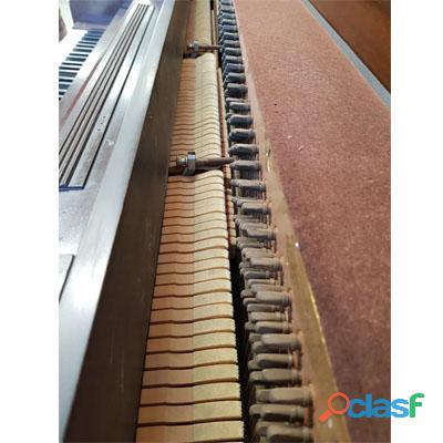 Piano marca VOUGH, tipo console de N.Y. 1