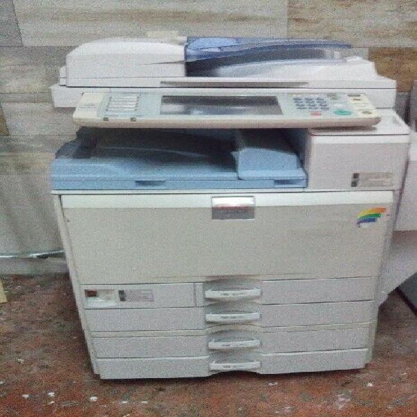 Remate!!!... fotocopiadora lanier a color