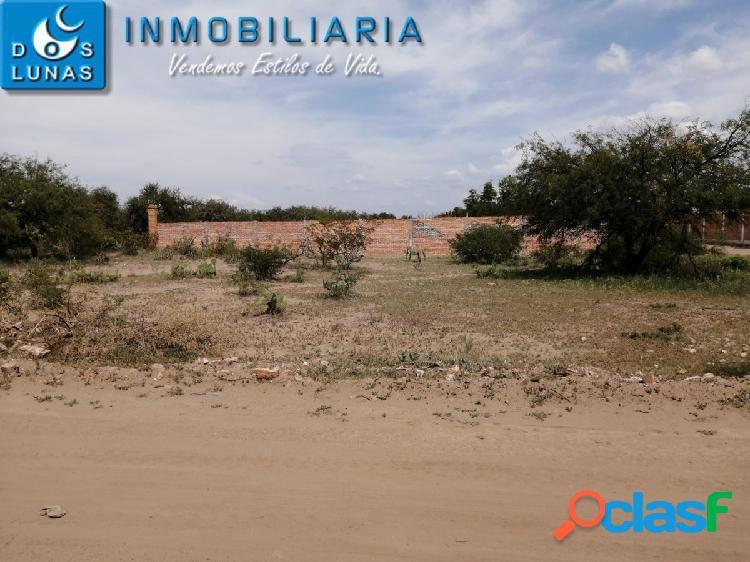 Terreno en venta de 600m2 en granjas de san pedro a solo 1 cuadra de camino a portezuelo en san luis potosi.