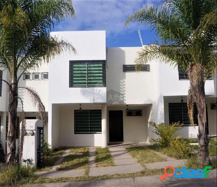 Casa sola en venta en Praderas del Refugio, León, Guanajuato