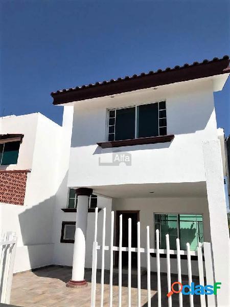 Casa sola en venta en Puerta San Rafael, León, Guanajuato