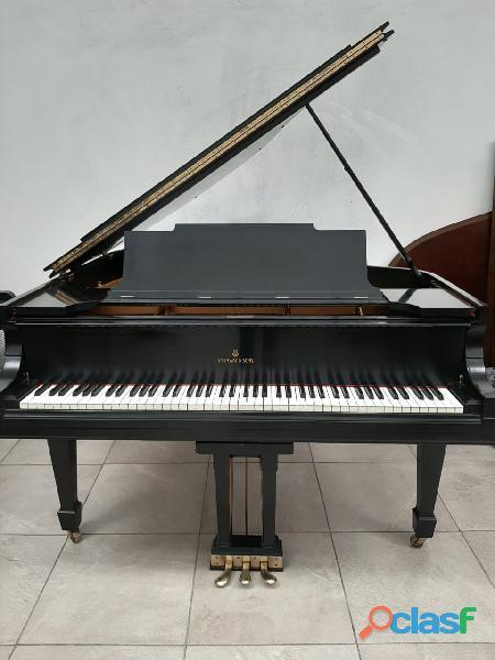 Hermoso piano marca STEINWAY & SONS Modelo M, origen N.Y. 6