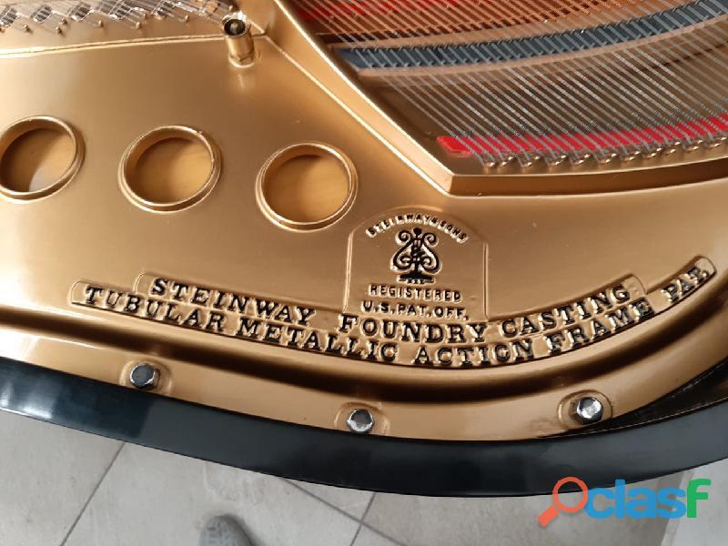 Hermoso piano marca STEINWAY & SONS Modelo M, origen N.Y. 5