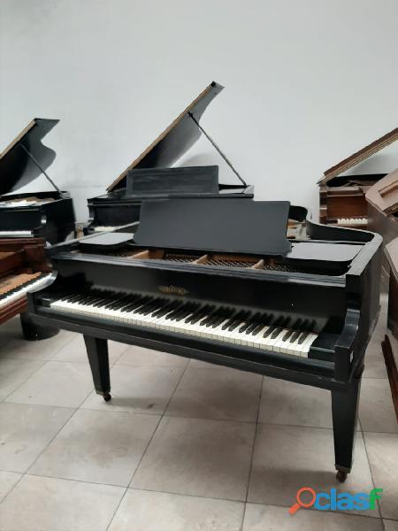 Piano 1/4 de cola marca chickering , color negro
