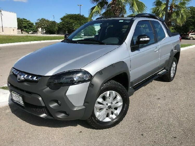 DODGE RAM 700 CLUB CAB PANTALLA CAR PLAY AIR BAG ABS FULL segunda mano  Mérida (Yucatán)