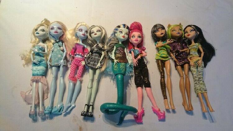 Vendo muñecas monster high
