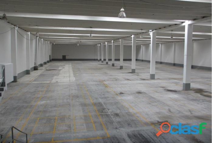 Venta de bodega en toluca de 5,450 m2