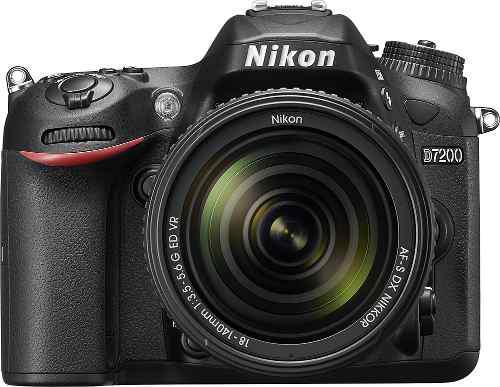 Cámara nikon d7200 con lente af-s dx nikkor 18-140mm