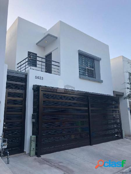 Casa en venta Cumbres Santa Clara
